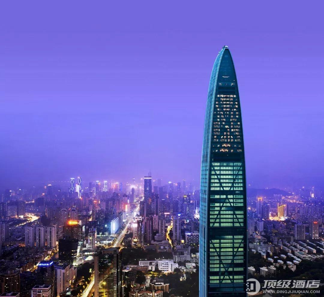 300米高空中的奢华,深圳瑞吉酒店