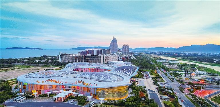 三亚海棠湾酒店群成规模 15家高端一线海景酒店已开业