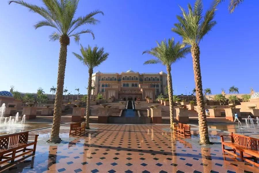 细览世上唯一的八星级酒店,唯一的极尽奢华