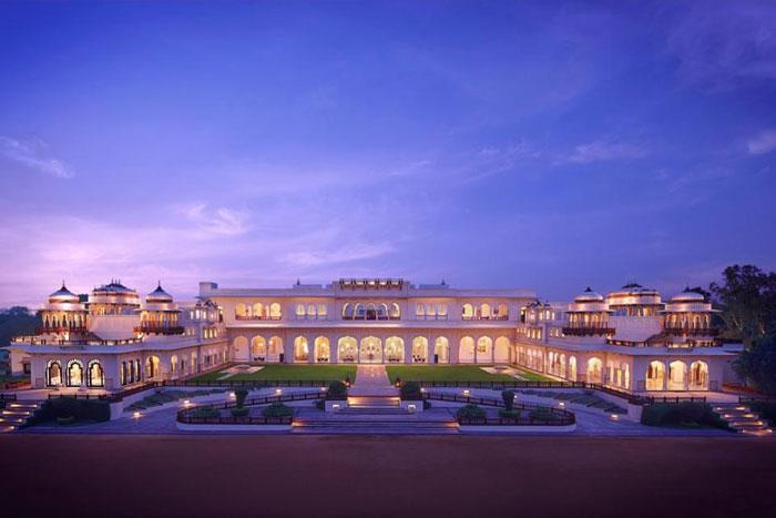 几百年前印度皇室贵族的生活是怎么样的?这5家皇宫酒店给你答案