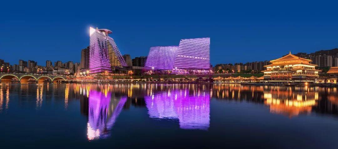 去全球最浪骚,最逼格,最颜值的W酒店看看。