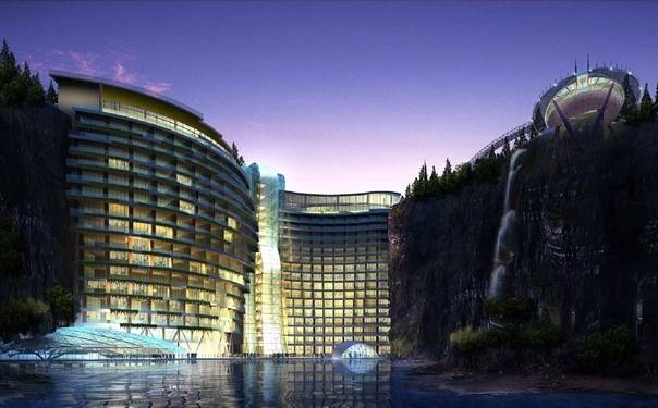 """世上最""""坑人""""的五星级酒店:上海""""深坑酒店""""封顶,躺在床上看飞瀑!"""
