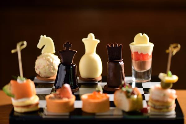 北京丽思卡尔顿酒店携手法国著名高端巧克力品牌法芙娜打造棋盘下午茶