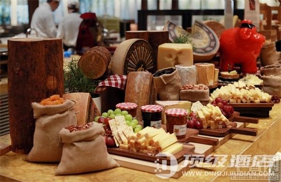 """北京望京凯悦酒店Market Café全日制餐厅""""瑞士之旅""""美食节的开幕"""