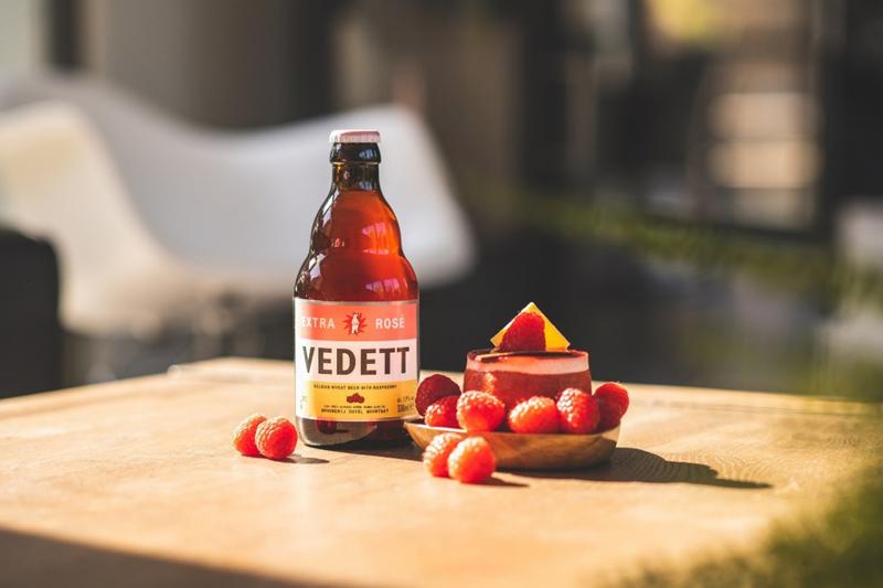 【品质碰撞个性】比利时 VEDETT推出全新覆盆子果味白熊玫瑰红啤酒