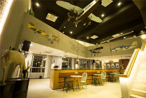 杭州首家航空主题酒店在建德航空小镇开业