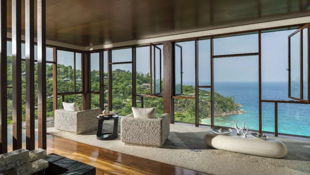 让这座长在悬崖上的酒店 送你一个印度洋上最销魂的浴缸