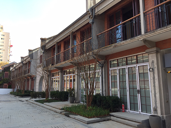 上海最大石库门群建业里变酒店 如何改造争论不断