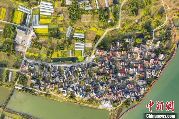 一个村民眼中的家乡之变:从废水横流到游客蜂拥