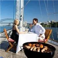 歌剧院、大堡礁、乌鲁鲁......澳大利亚人将这些美景都变成了独一无二的美食体验!