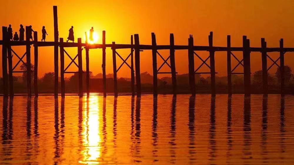 缅甸游玩经典去处,世界最美日落之一乌本桥攻略看这里