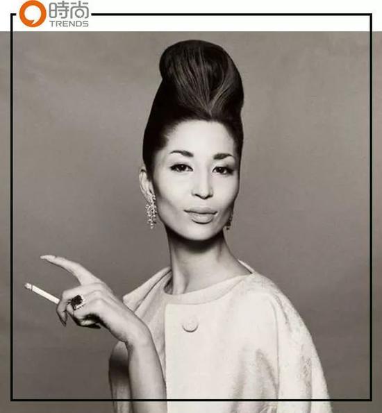 China Machado|82岁还签约经纪公司的首个亚裔超模