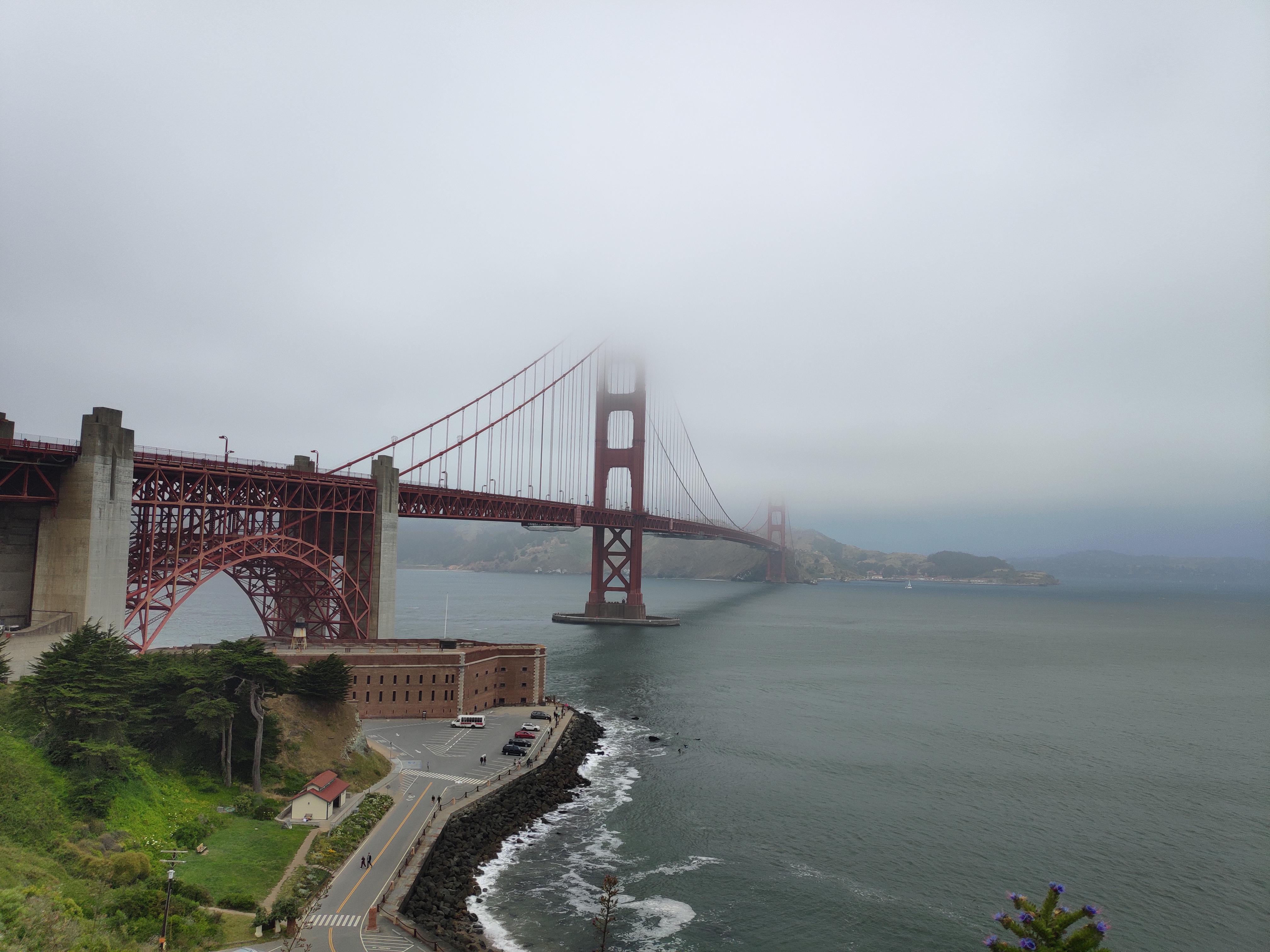 用艺术编织裙摆 旧金山的夏天是颗冰冻巧克力