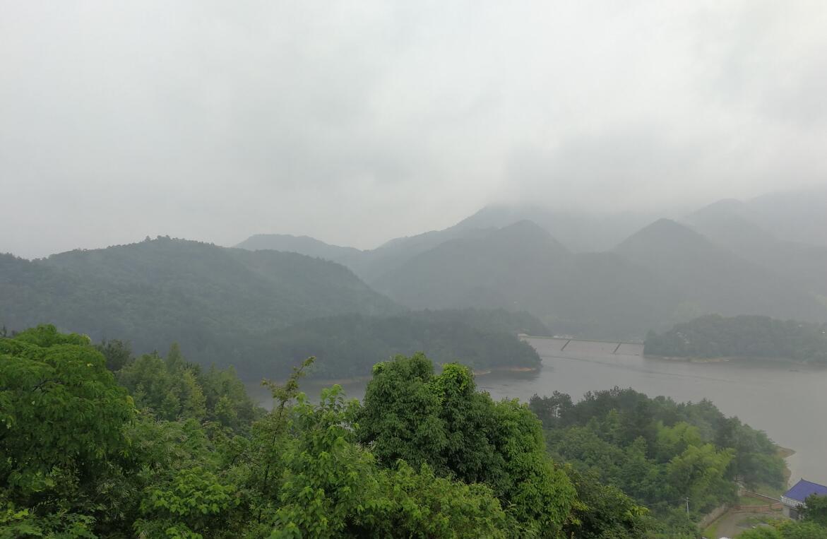 湖南湘乡:停矿复绿重生态 绿水青山在心间
