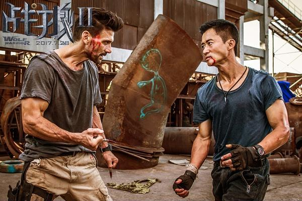 中戏老师怒怼《战狼2》,还批吴京心理变态