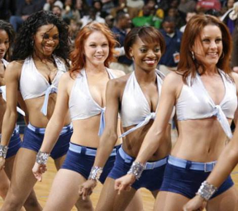 各国美女啦啦队大比拼 美国性感、俄罗斯彪悍