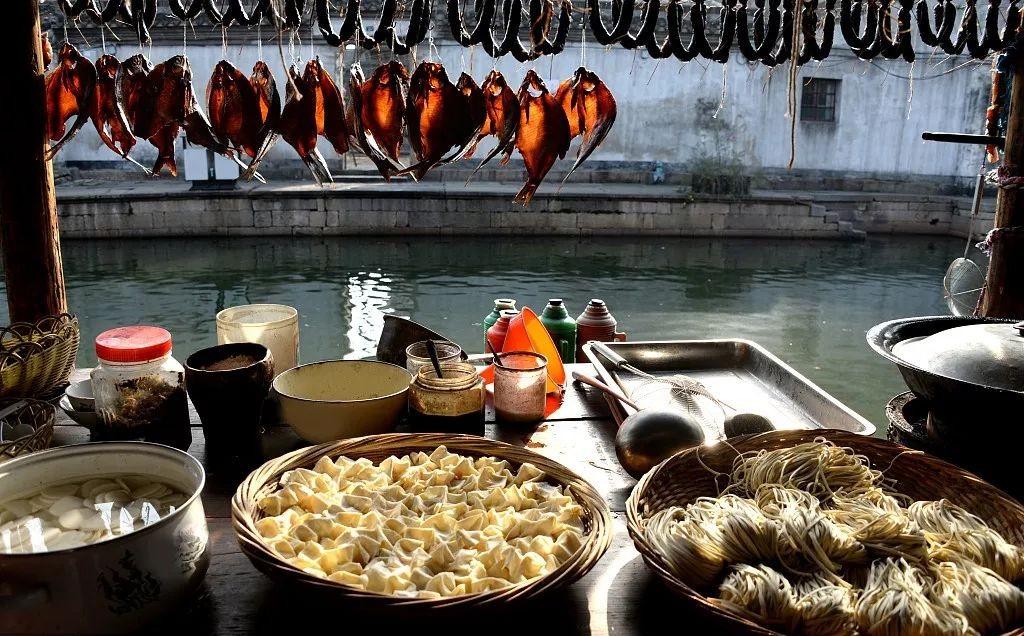 绍兴藏着一座千年历史古城 做出的早点被CNN评为全球第一的美味