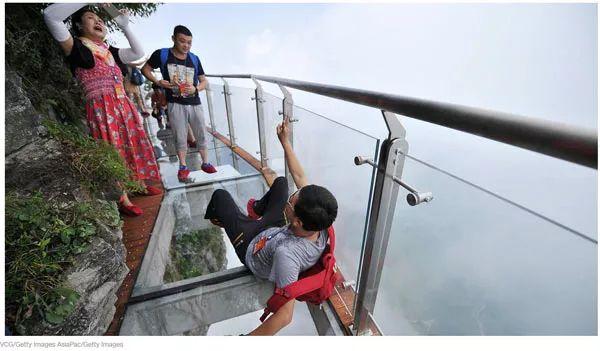 CNN盘点中国最惊险的6处景点 够胆你就来!