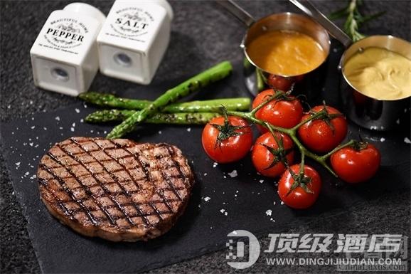 北京金隅喜来登酒店班妮意大利餐厅推出多款美味牛排