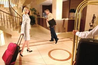 酒店数据泄露,住酒店时,我们如何保护隐私?