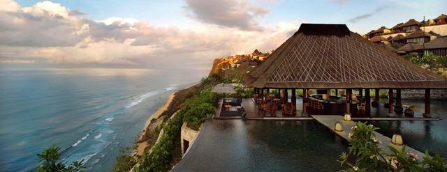 凭什么它是海岛婚礼的半壁江山?——巴厘岛11家顶级酒店报告