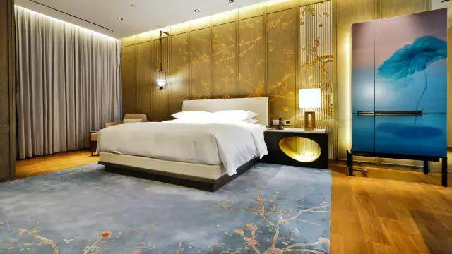 杭州柏悦酒店,灵感来自胡雪岩故居的现代江南宅邸