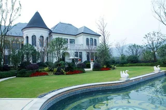 坐享太湖畔最心旷神怡的奢华,无锡弘阳洛克菲花园酒店