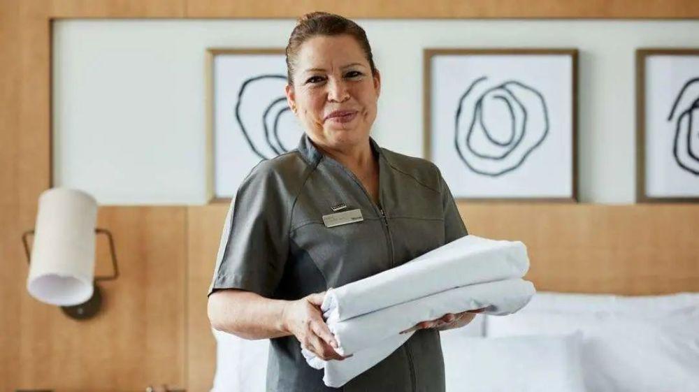 酒店服务的100个关键时刻,您能做到几个?