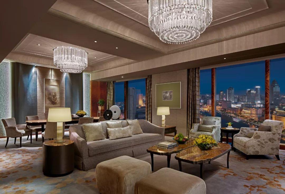 海河眺望,那水边的天津香格里拉大酒店
