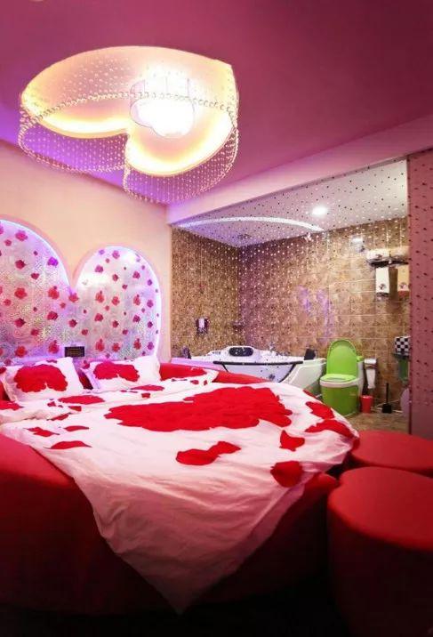 实拍日本情侣酒店,各种大尺度情趣房让人脸红心跳